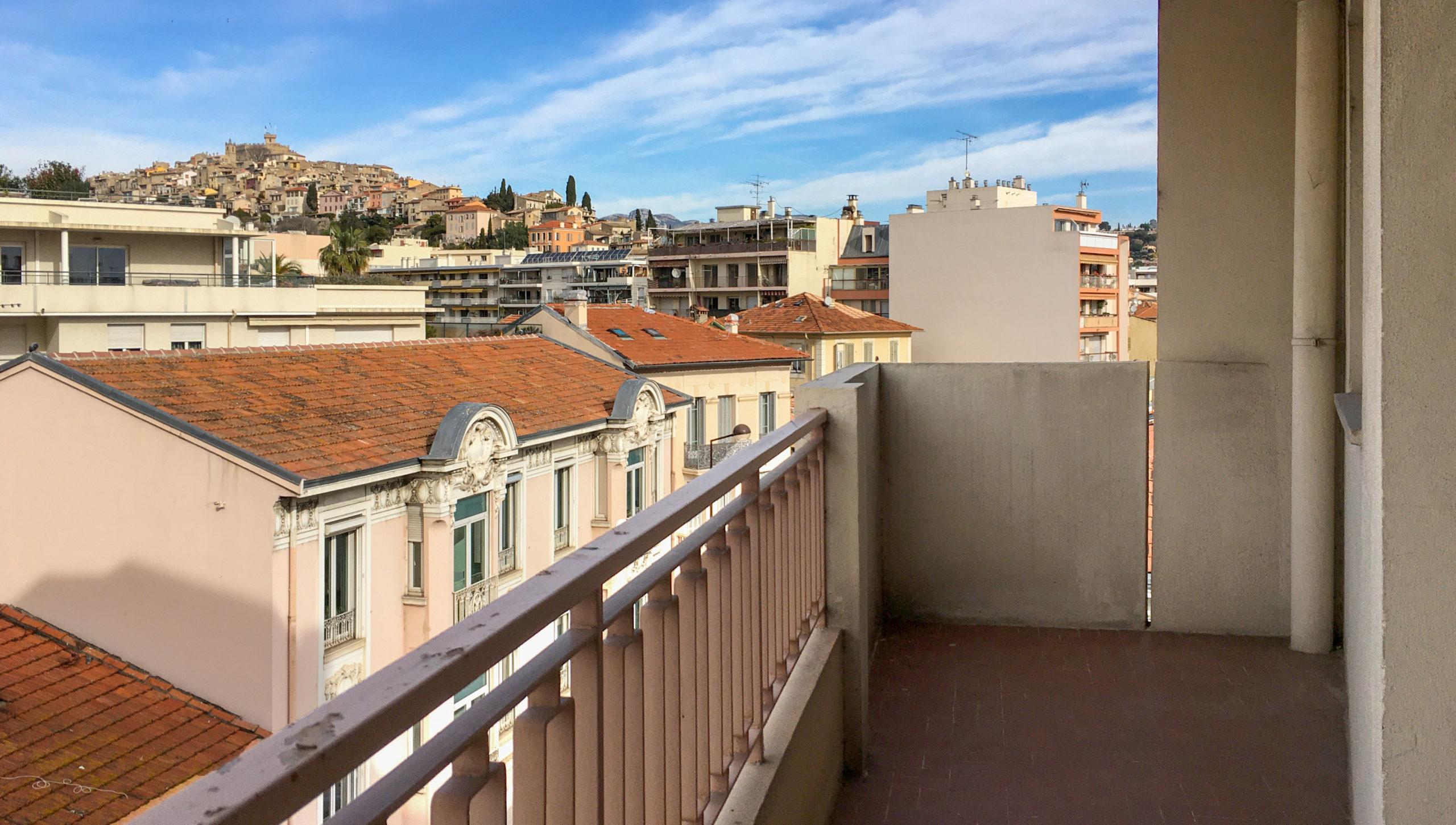 Vente Appartement 3 pièces rénové – Cagnes-sur-mer