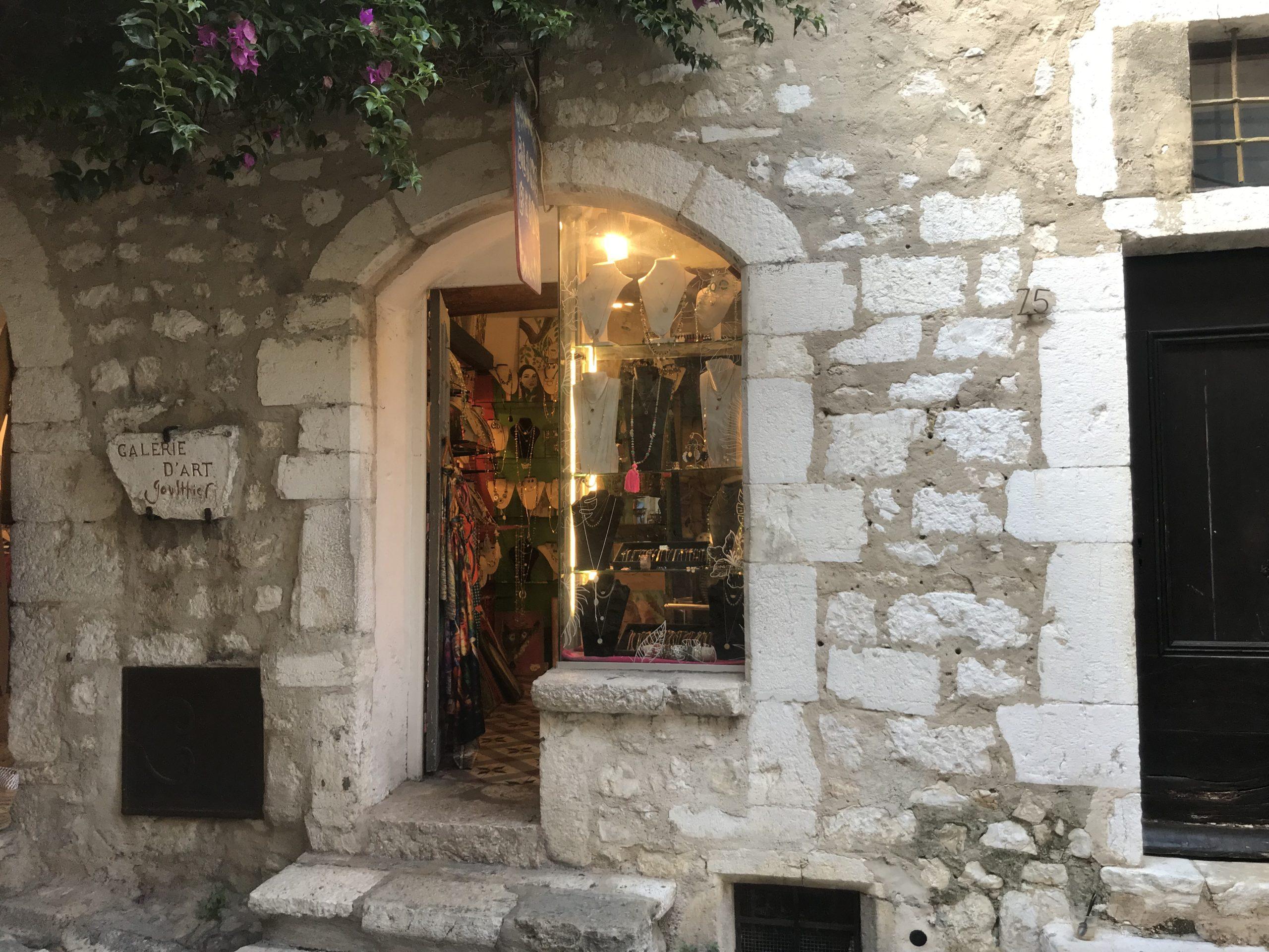 Fond de commerce – RUE PRINCIPALE Saint-Paul-de-Vence