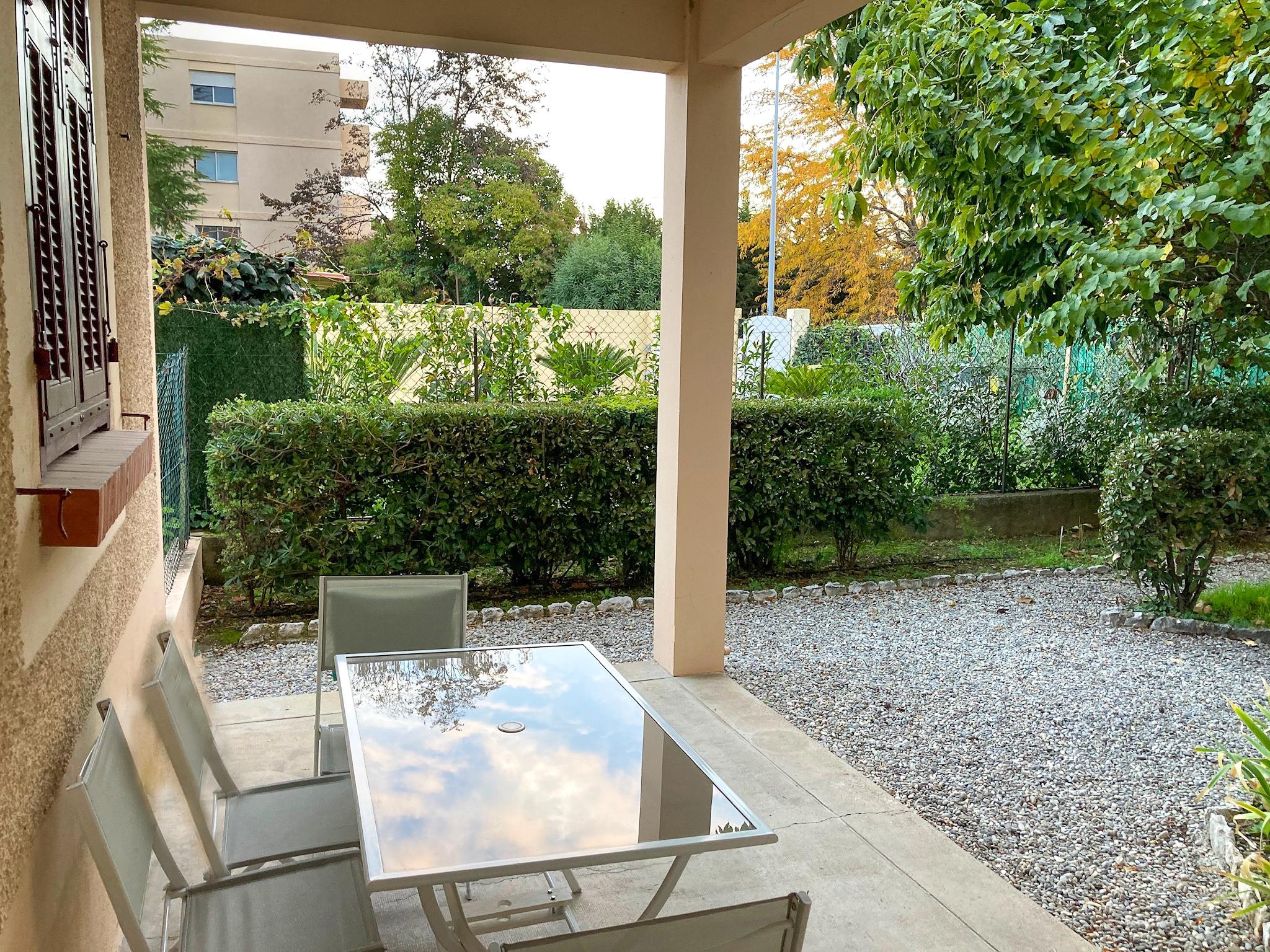 Location – Studio Meublé Rdc Villa – Cagnes-sur-mer
